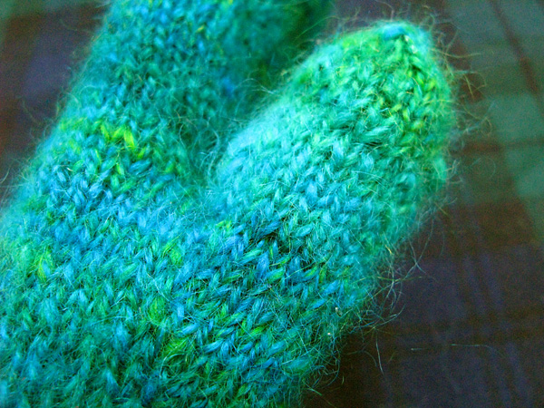 Blue-green-turkoise mittens